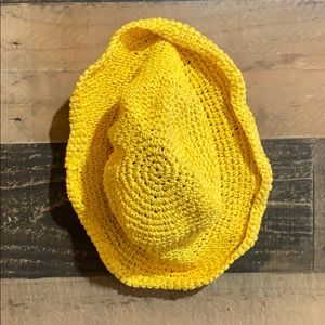 ⭐️3/$20 Vintage 90's Yellow Woven Bucket Hat